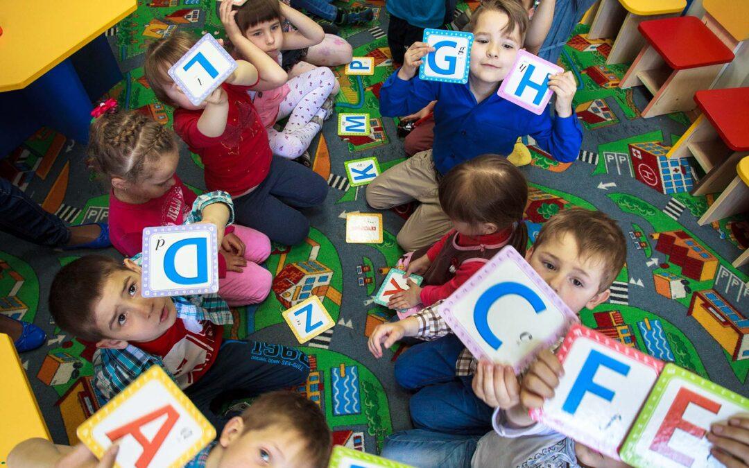 Англійська мова для дошкільнят та німецька мова для дошкільнят та школярів.